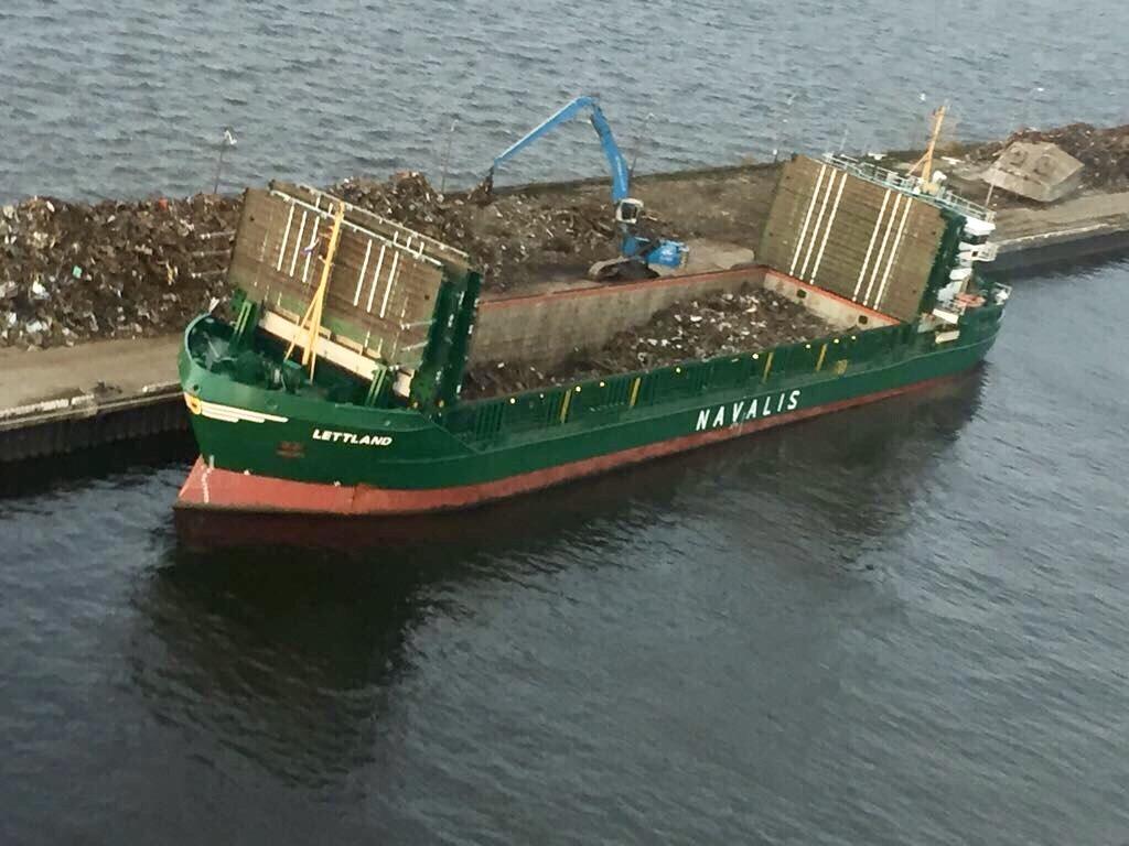 Наши ФОТО и ВИДЕО с погрузки кораблей черным ломом, 2017