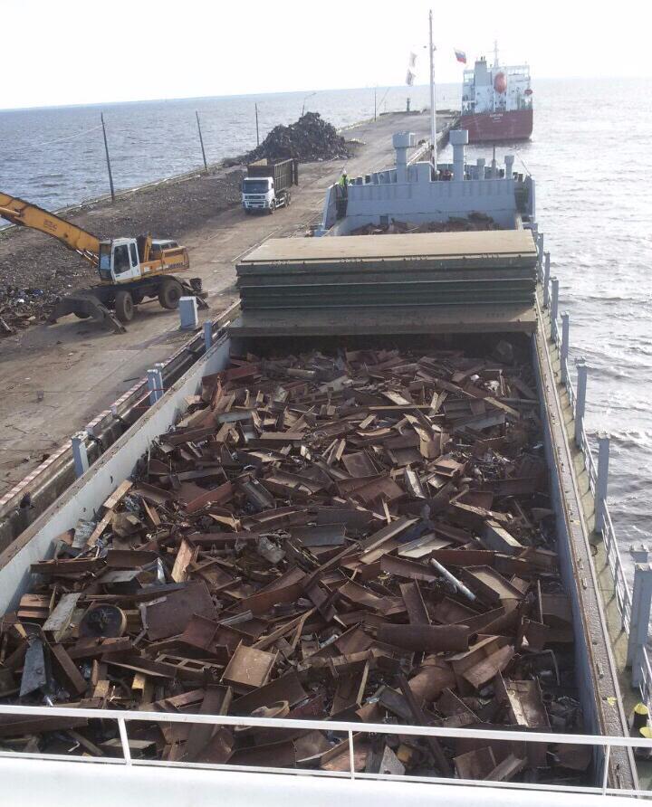 Грузим бонусный лом на корабль в Прибалтику, 4000 тонн