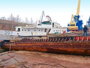 резка судна на металлолом